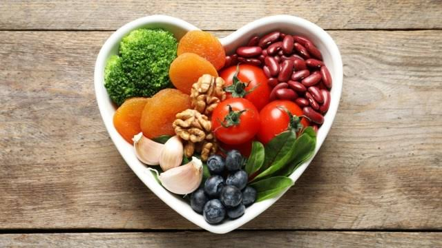 Balanced diet - tips for healthy hair