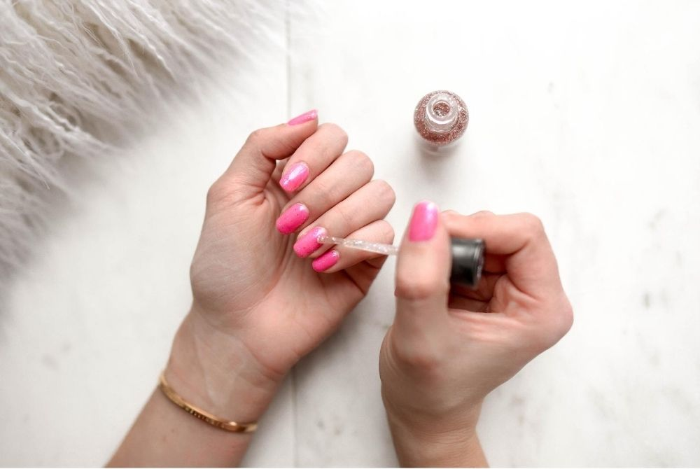 6 Easy Nail Art At Home for Short Nails
